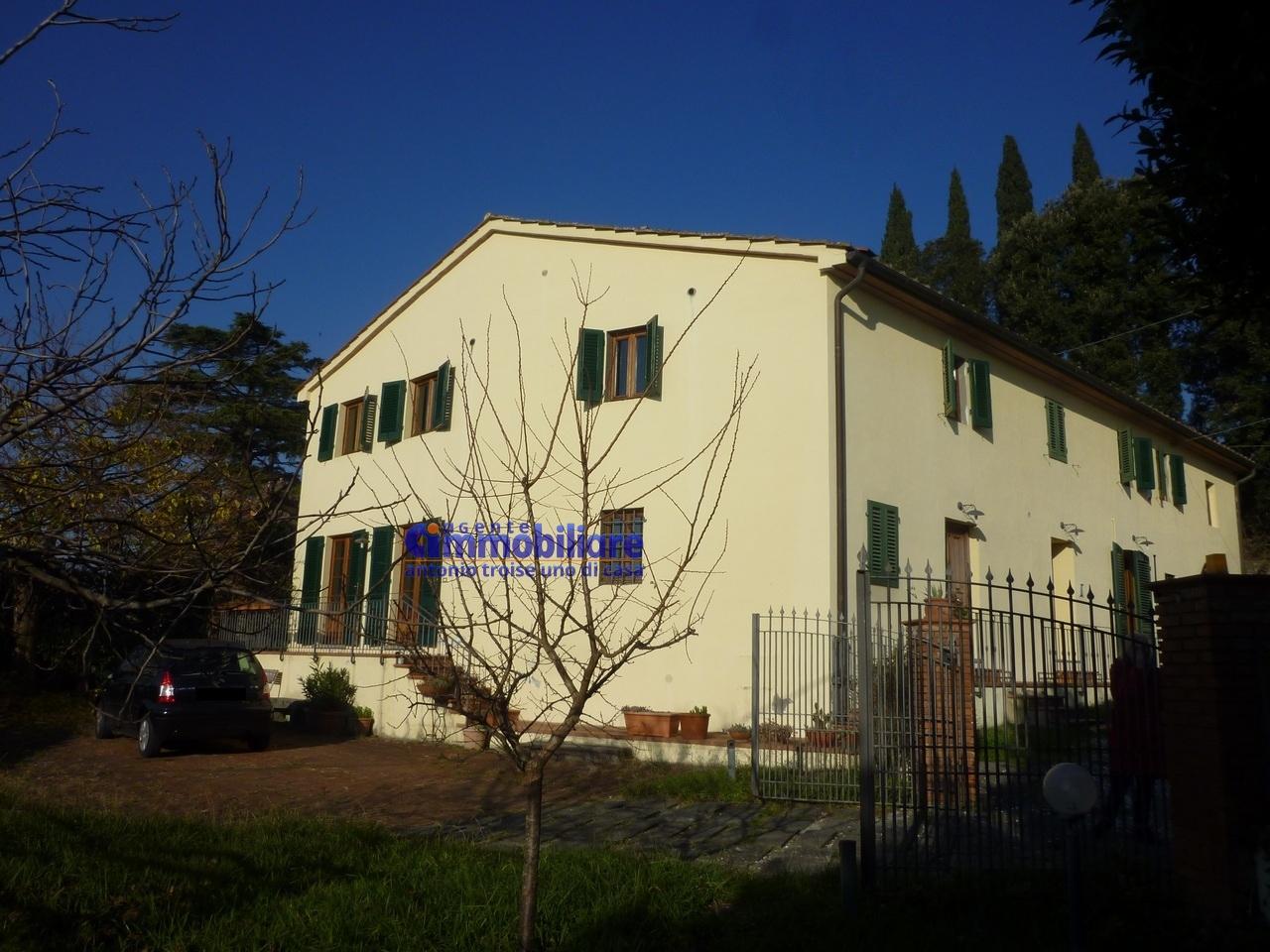 Pistoia est 5 km vendita porzione rustica di colonica libera 3 lati giardino troise immobiliare - Case in vendita pistoia giardino ...