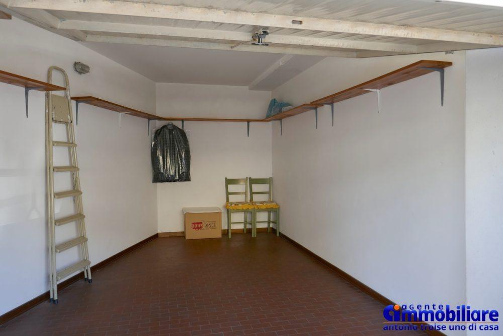 vendesi appartamento garage pistoia ovest 10