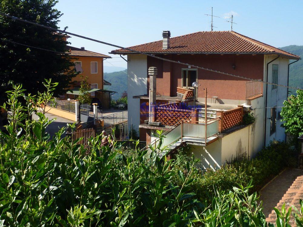 pistoia cireglio vendita casa indipendente giardino garage 11