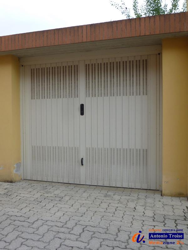 TROISE CASA indipendente garage posto auto pistoia 3