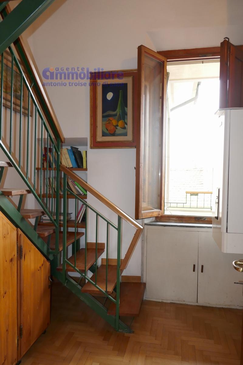 vendesi appartamento con garage mansarda terrazza abitabile pistoia centro 12