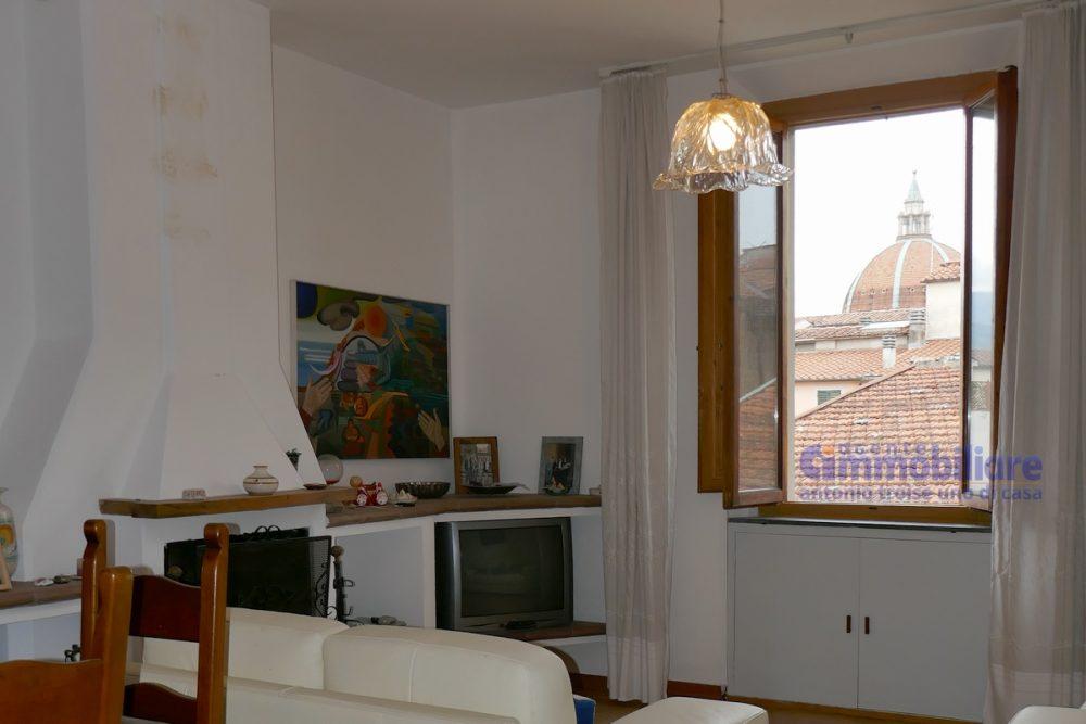 vendesi appartamento con garage mansarda terrazza abitabile pistoia centro 19