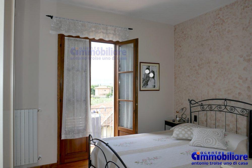montale vendita appartamento ristrutturato panoramico luminoso 15