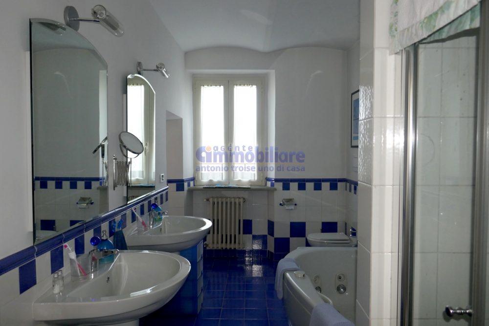 vendesi casa grande casa colonica panoramica pistoia 12