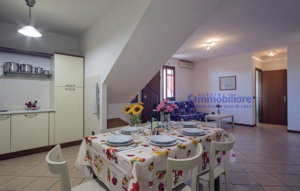 larciano Serravalle P.se vendita villetta con giardino 9