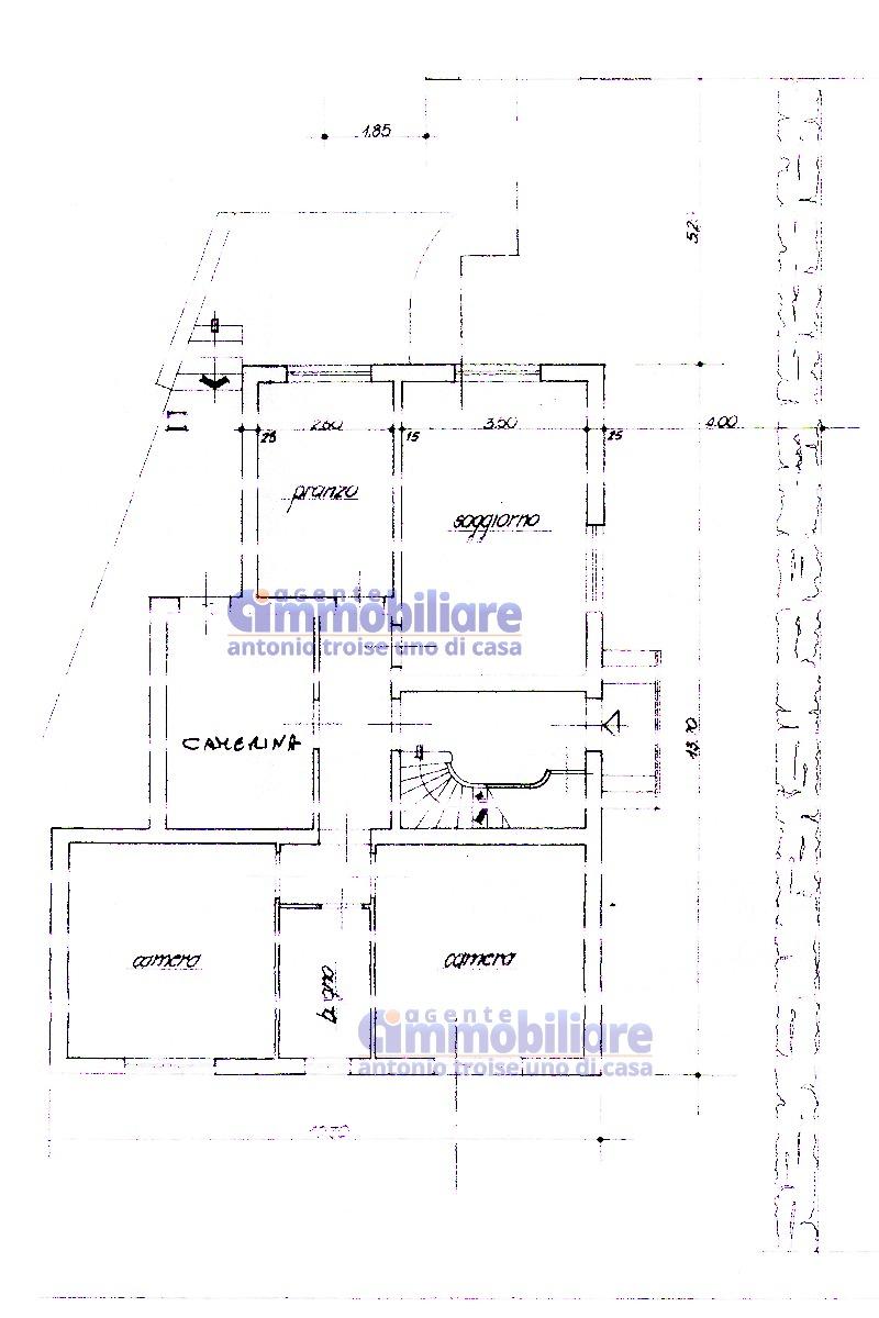 vendesi montale appartamento in bifamiliare con giardino 22