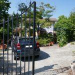 vendesi villa libera 4 lati giardino terrazza portico pistoia momigno 21