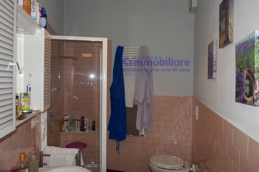pistoia vendita appartamento piano terra INDIPENDENTE 4