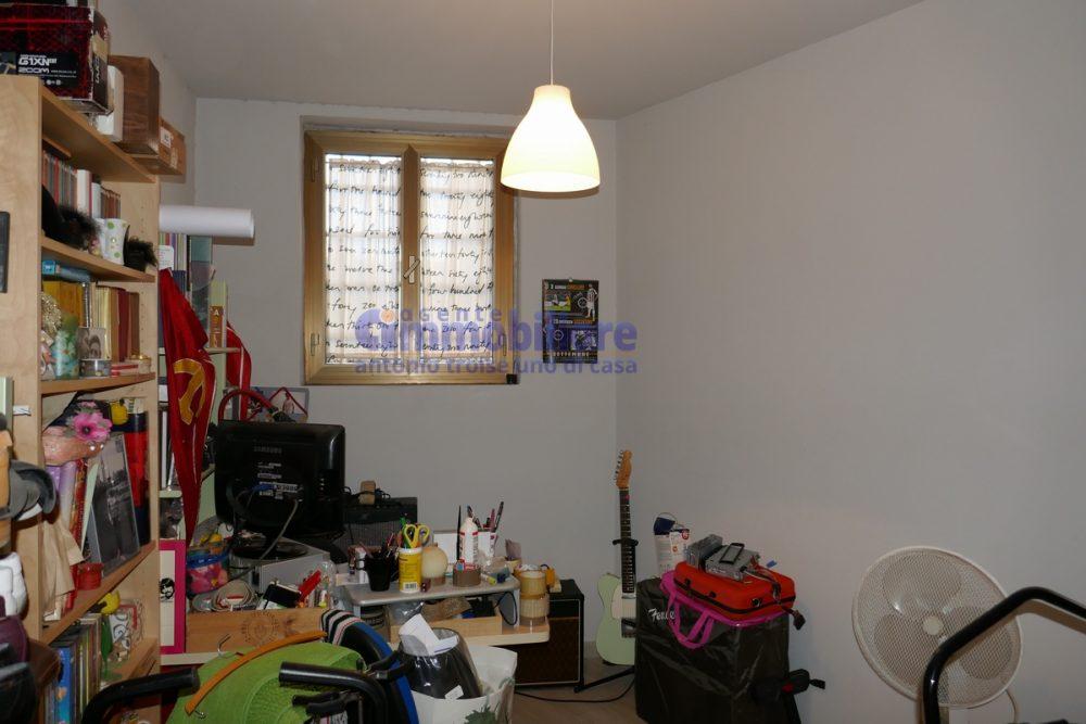 pistoia vendita appartamento piano terra INDIPENDENTE 5