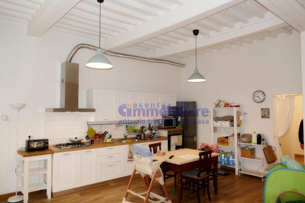 vendesi appartamento piano terra resede ristrutturato 19