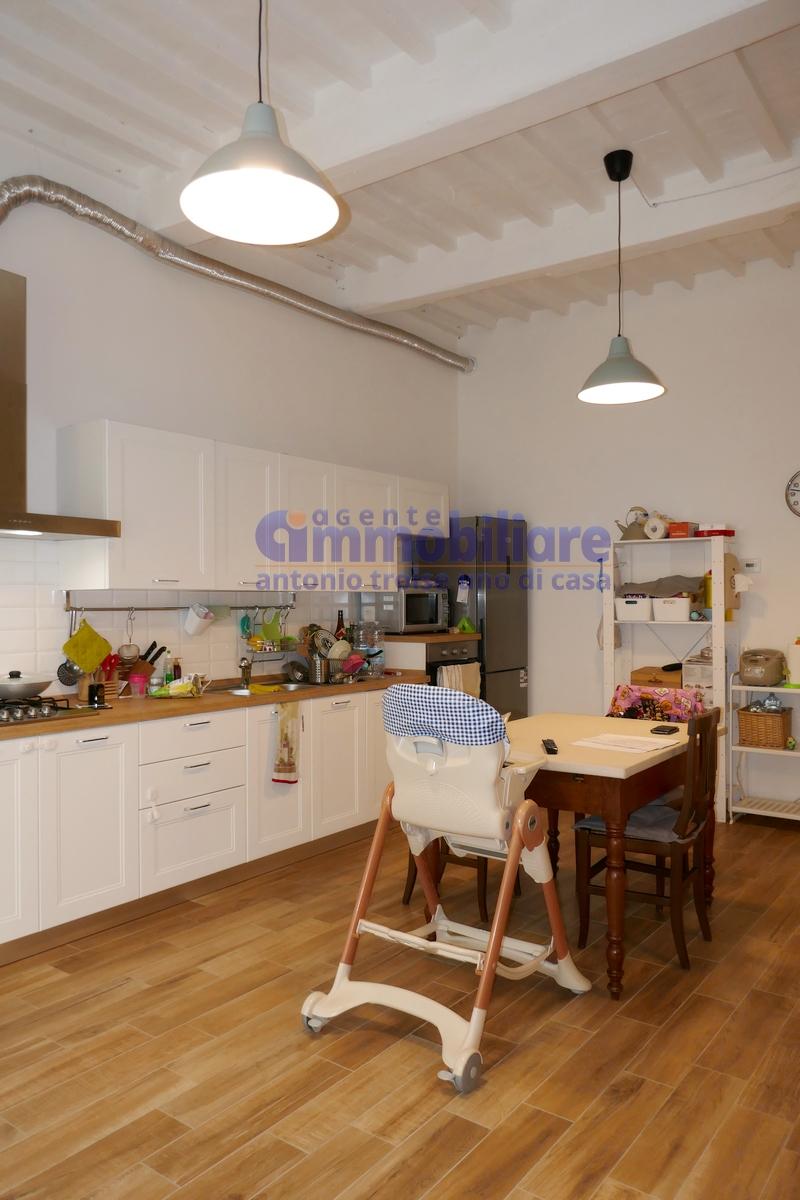 vendesi appartamento piano terra resede ristrutturato 20