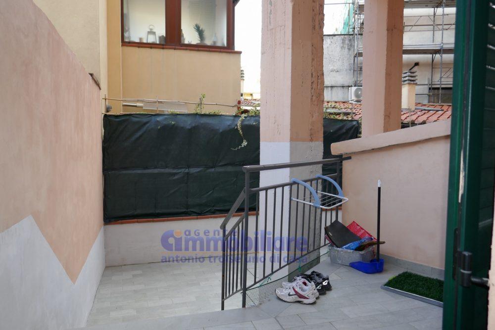 vendesi appartamento piano terra resede ristrutturato 7
