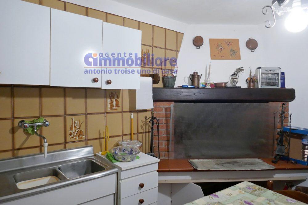 vendita casa indipendente montagna pistioese 26