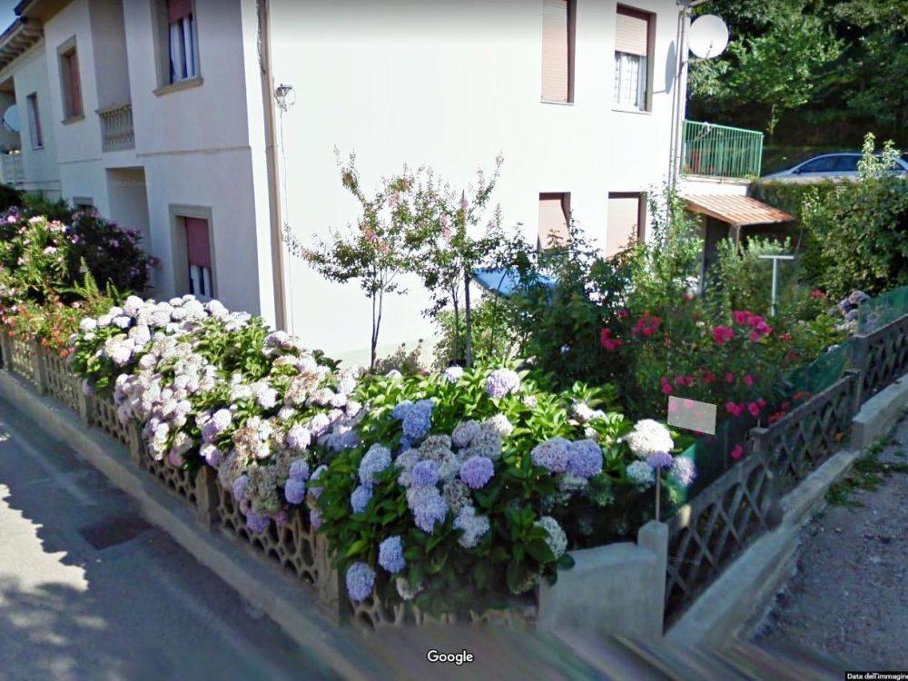 cireglio vendesi casa indipendente con giardino 2