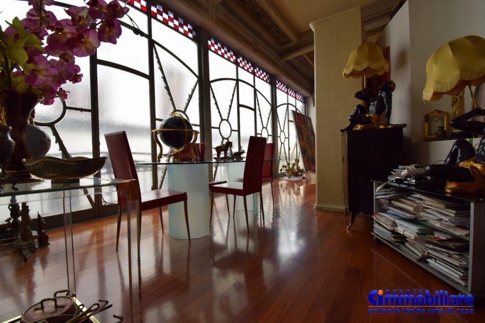 pistoia centro storico vendesi caratteristtica e affascinante casa 4