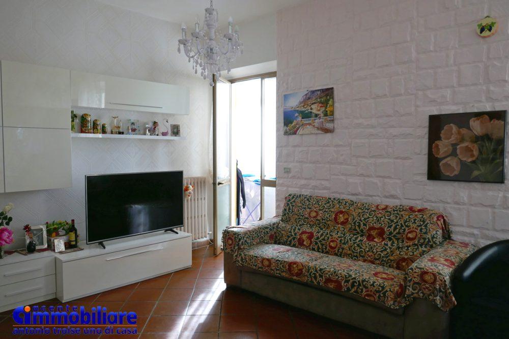 vendesi villa bifamiliare 2 appartamenti 33